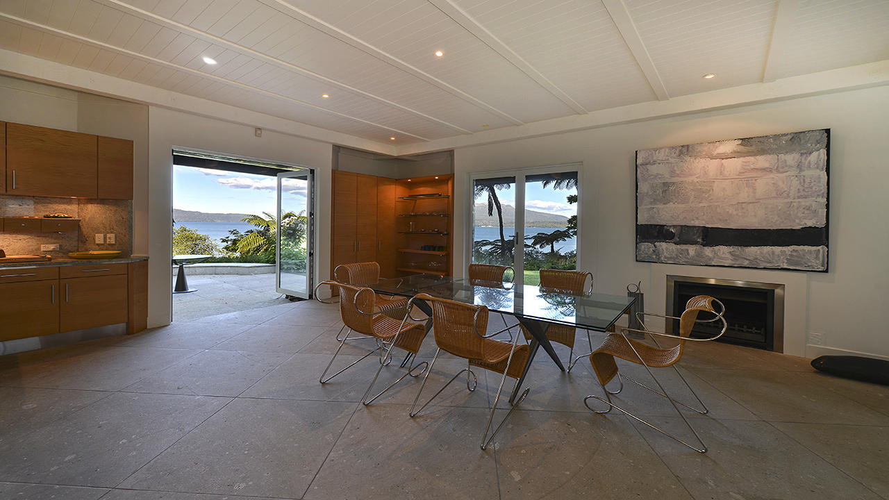 Additional photo for property listing at Unique Lake-edge Living in Sublime Tarawera New Zealand